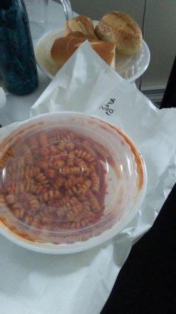 Hewlett, NY: Fusilli with tomato sauce