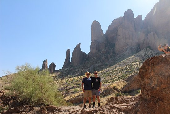 Lost Dutchman State Park: Dad and his son