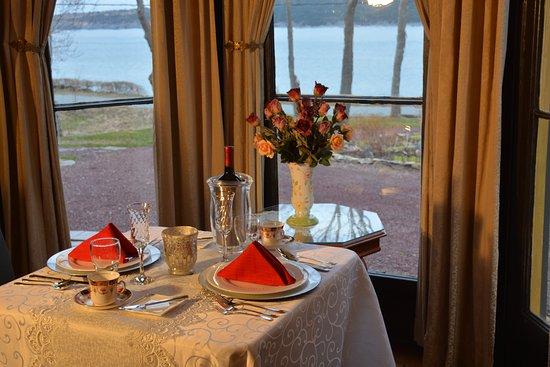 Rose Manor Inn Image