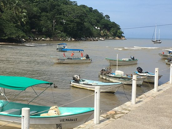 Boca de Tomatlan, Mexico: Beautiful quaint harbor