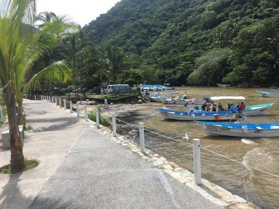 Boca de Tomatlan, Meksika: Beautiful quaint harbor