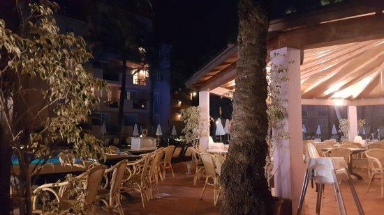Protur Bonaire Aparthotel: 20171006_233604_large.jpg