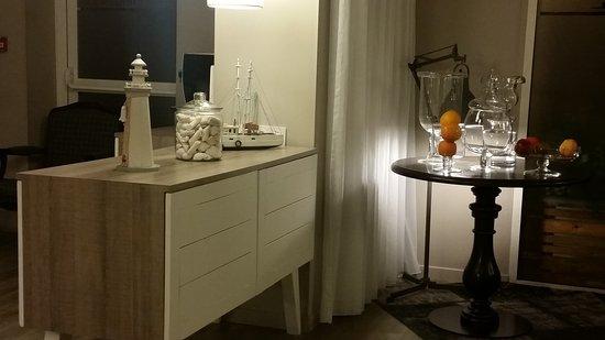 Hotel America: 20170917_210208_large.jpg