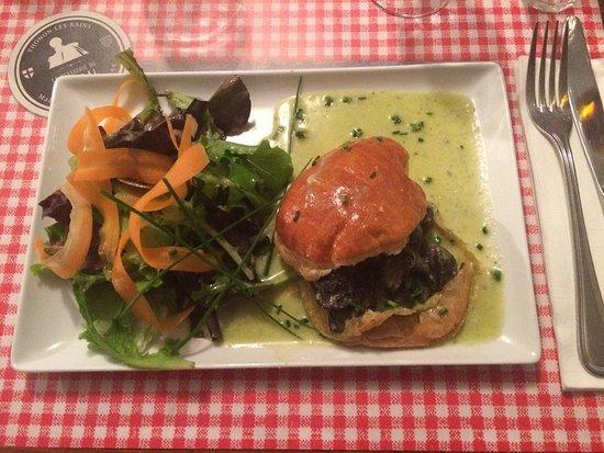Bon Restaurant Tjonon