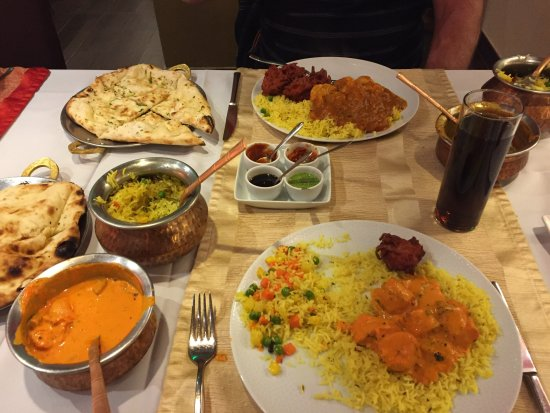 Passage To India: Chicken Tikka Masala and Vindaloo