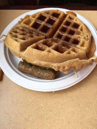 Quality Inn & Suites University : Breakfast