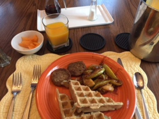 Harwich, MA: Blueberry Waffle, Sausage, Fried Apples, Fruit, Juice
