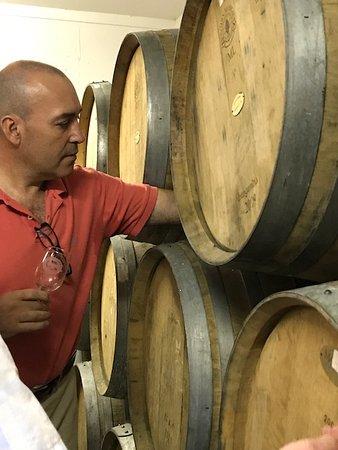 Greenport, Estado de Nueva York: Tasting from barrel!
