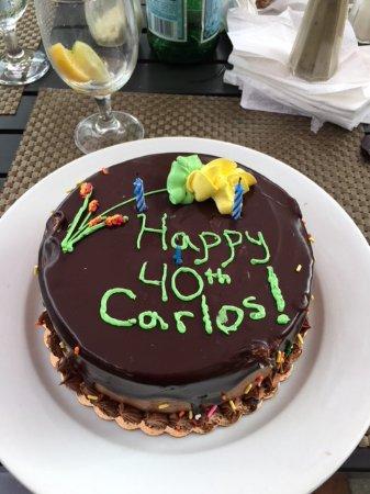 Greenport, Estado de Nueva York: Surprise bday cake for me - such a sweet surprise!