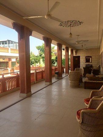 Suryaa Villa: photo1.jpg