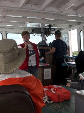Englishtown, Canada: Donelda's Puffin Boat Tour