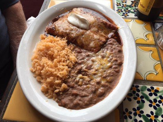 Graton, CA: Beef enchiladas