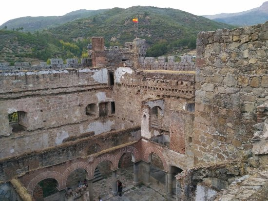 Mombeltran, Spanje: IMG_20171014_191152_large.jpg