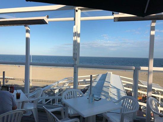 Boardwalk Cafe & Pub: photo0.jpg