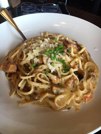 Hamden, CT: Blackened chicken pasta (huge serving, had to take half of it home!)
