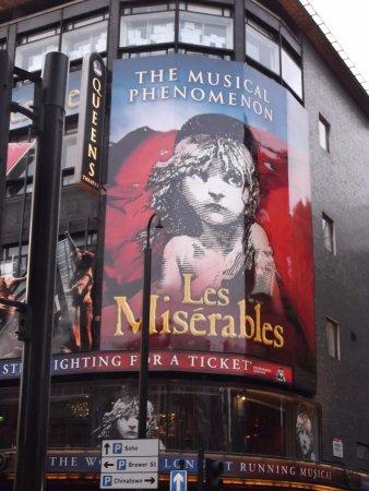 Les Miserables London: Les Mis!