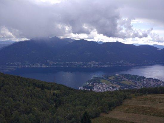Cimetta : Ausblick auf Locarno&Ascona und Lago Maggiore
