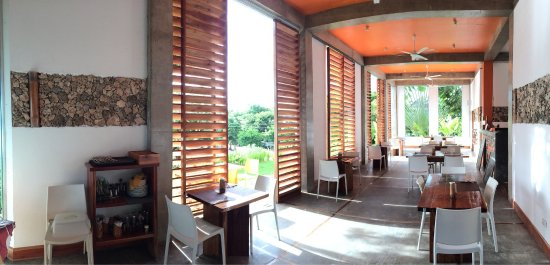Amihan Restaurant - Tepanee Beach Resort: photo1.jpg