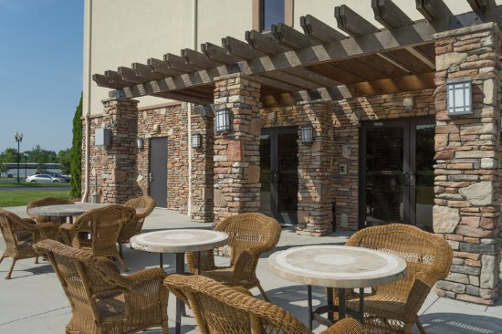 Lexington, NC: Guest Patio adjacent to The Great Room