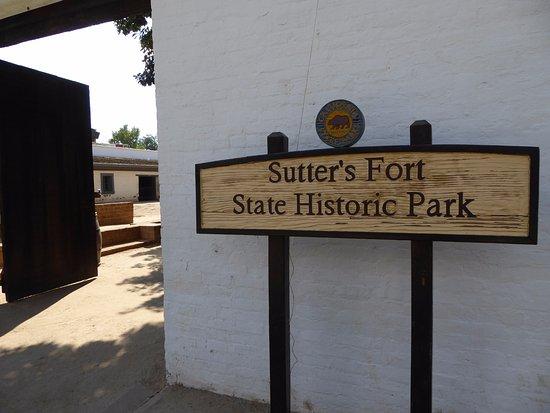 Sutter's Fort State Historic Park: Main Entrance