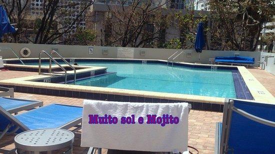 Hyatt Regency Miami: piscina até as 10:00 pm