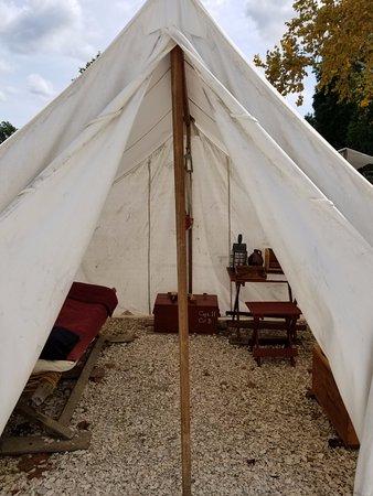 Yorktown, VA: encampment