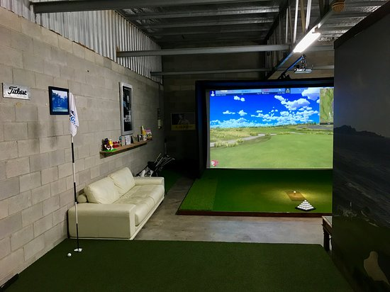 ‪The Bay Golf Studio‬