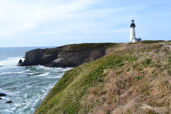 Yaquina Bay Lighthouse: Yaquina Head Lighthouse