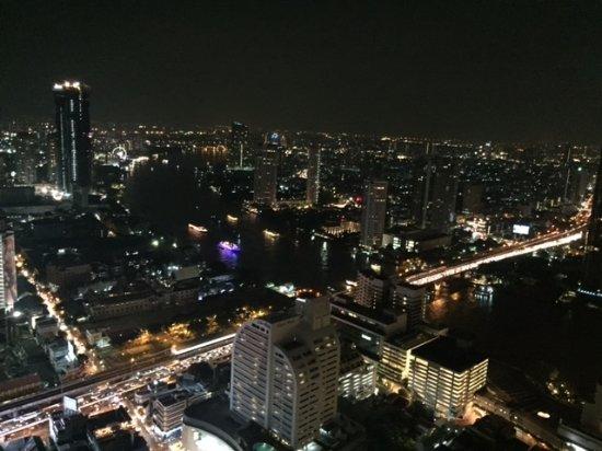 Tower Club at Lebua: 夜景