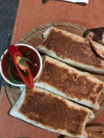 The Prickly Pinata - Fresh Mexican Cantina: photo2.jpg