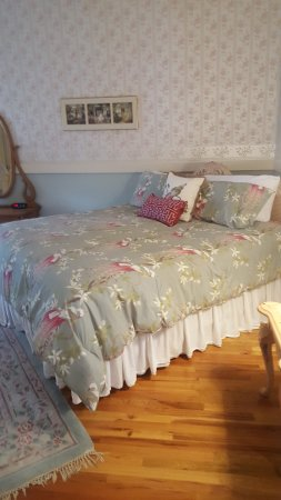 The Mansion at Elfindale Bed & Breakfast: Our room