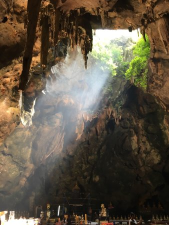 Tham Khao Luang Cave: photo2.jpg