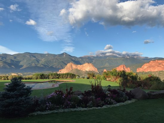 Garden of the gods club and resort updated 2017 prices hotel reviews colorado springs for Quality inn garden of the gods