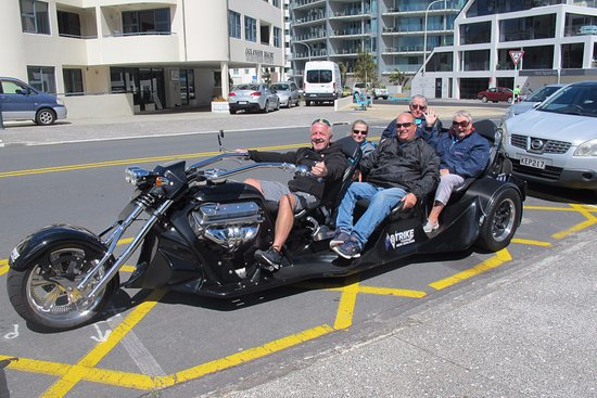 Mount Maunganui, New Zealand: We have had such fun today with V8 trike tours at Mt Maunganui.