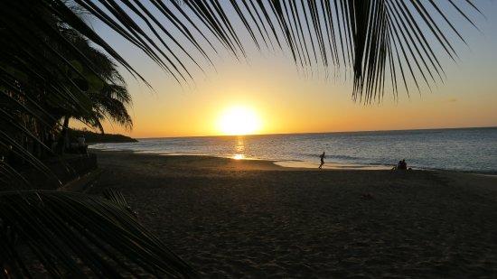 Deshaies, Gwadelupa: Sonnenuntergang im Frühjahr