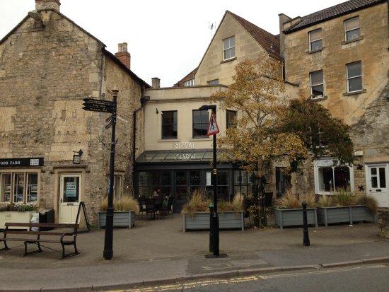 Bradford-on-Avon, UK: View of the restaurant from the street.