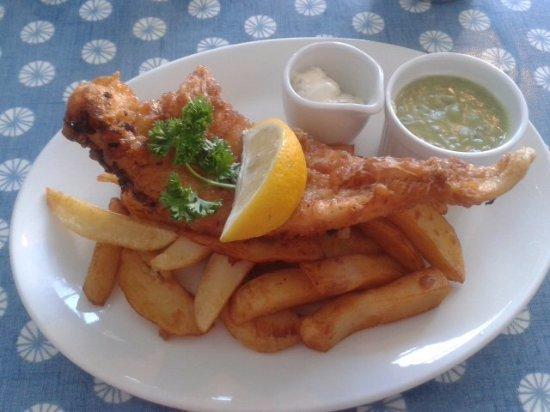 New Brighton, UK: lovely fish & chips