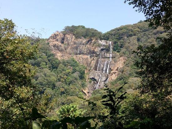 Morogoro, Tanzanya: Sanje Waterfalls!