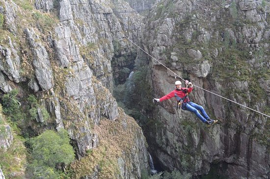 Elgin, South Africa: Fly over waterfalls