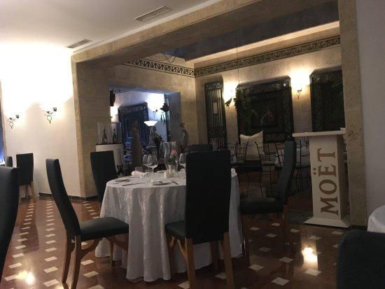 Memories Miramar Habana: Ristorante El Patio Hotel Memories, Aperto Anche A  Chi Non Soggiorna