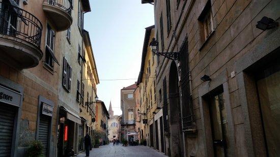 Novi Ligure, Italien: Via Roma