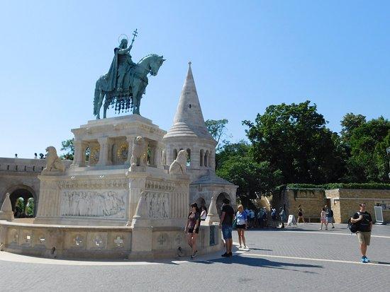 Statue of St Stephen : socha 1