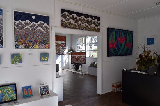 Pauline Coxon Art Gallery 1 Park Street Berridale Snowy Mountains,
