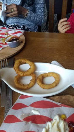 Gillingham, UK: onion rings