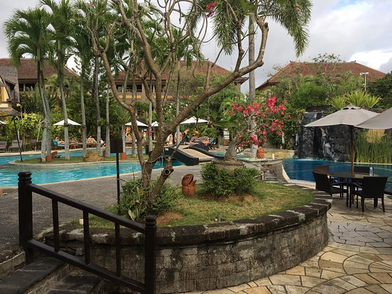 Hotel Vila Lumbung: Super pool area