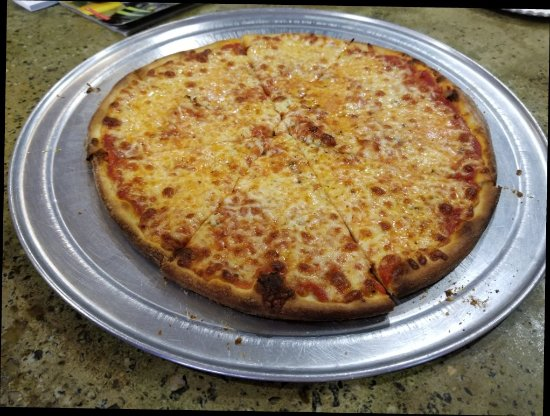 Port Saint Lucie, FL: Pizza, coffee and dessert for Bill Lewis of Vero Beach, Florida.