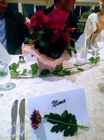 Solna, Sweden: Mitt bordsplaceringskort , smakfullt och elegant designad av eventansvarig