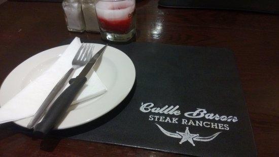 Durbanville, جنوب أفريقيا: ....neat table setting