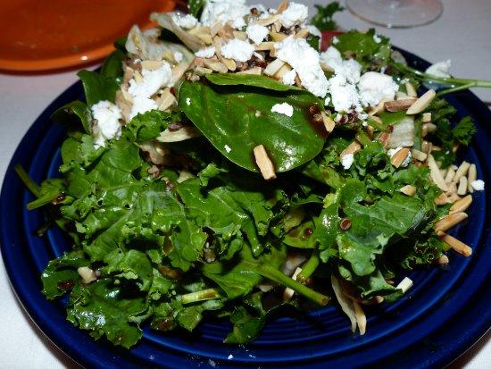 "Shelburne, Kanada: ""Greens, Grains & Citrus"" Salad"
