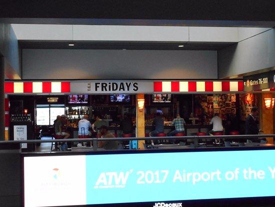 Findlay Township, PA: ピッツバーグ空港センターコアの店舗
